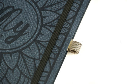 Porte crayon 100% métal couleur argent